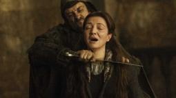 21 Dakikada Game of Thrones'da Binlerce Ölüm!