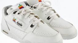 Apple'ın Dudak Uçuklatan Ayakkabısı Açık Artırmada!