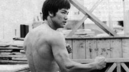Bruce Lee'nin İlk Tek Gerçek Dövüş Videosu!
