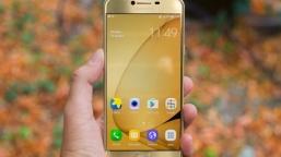 Galaxy C7 Pro Objektiflere Yakalandı!