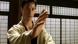 Matrix'te Filminfeki Gibi Kasetle Kung Fu Öğrenmek Oldu!