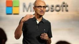 Microsoft'un CEO'su Apple İle Dalga Geçti!