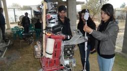 Şırnak'lı Genç Hurdalardan Robot Yaptı!